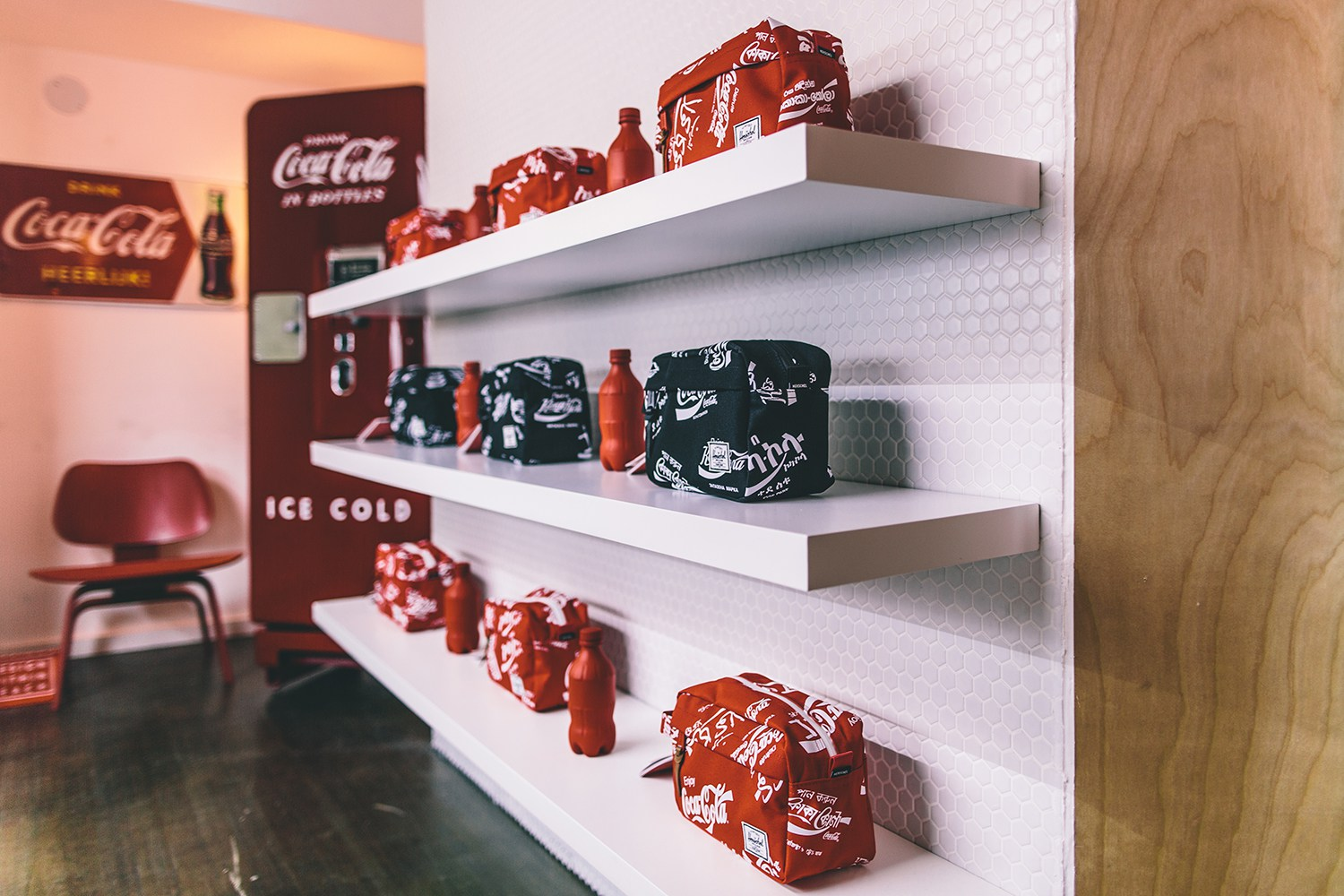 herschel-supply-coca-cola-13