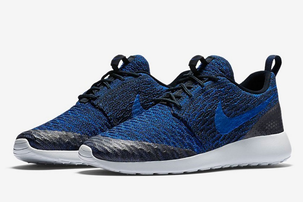 nike-flyknit-roshe-run-royal-1