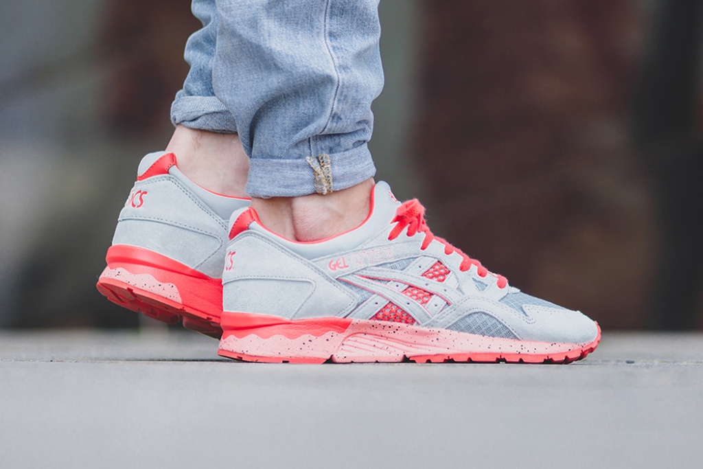 asics-gel-lyte-v-grey-red-bright-1