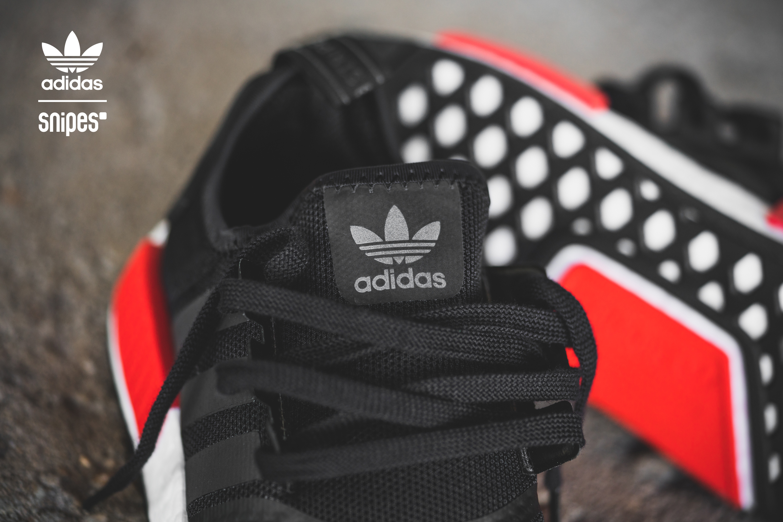 adidas_NMD_Runner_core_black-core_black-white_1013884-4