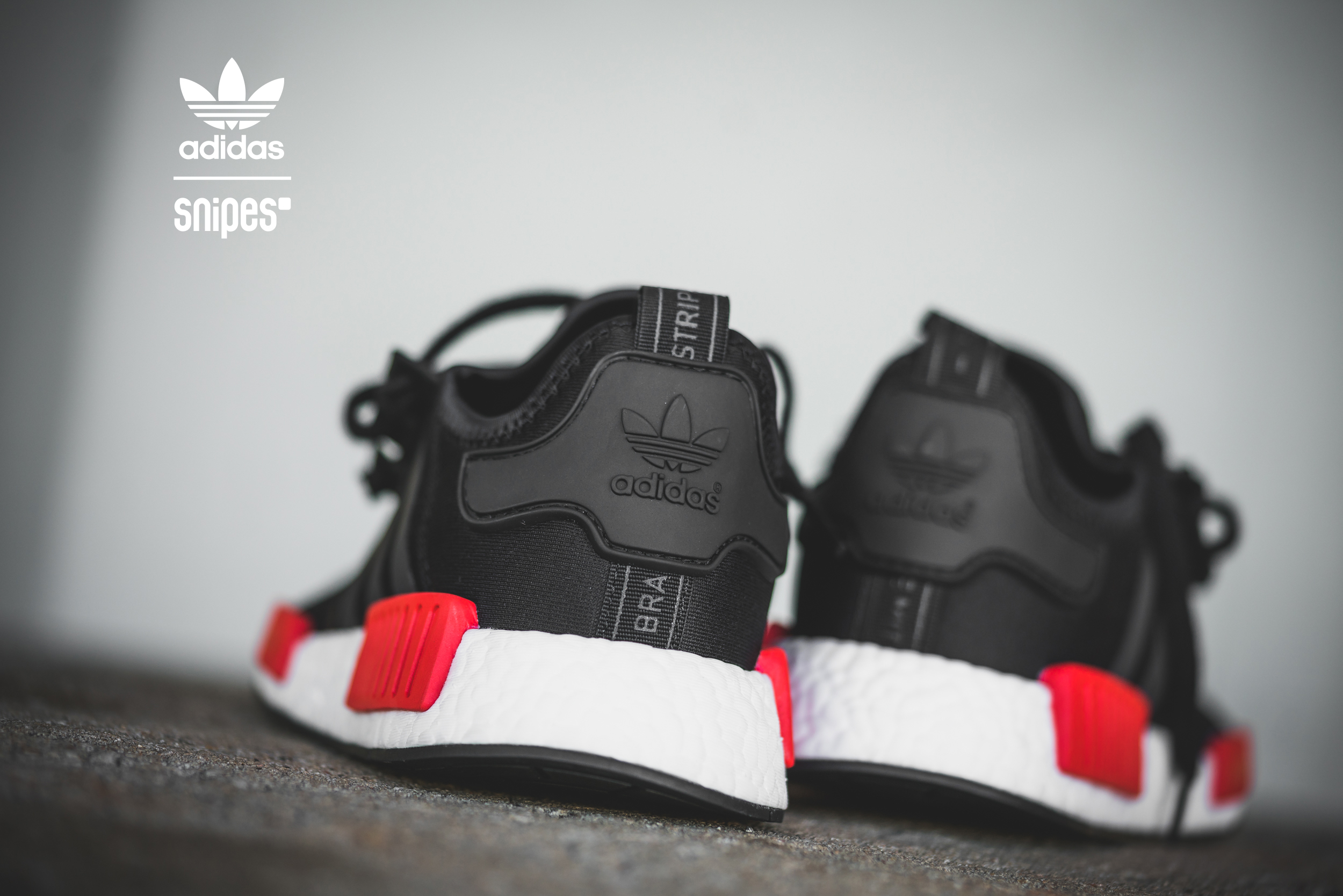 adidas_NMD_Runner_core_black-core_black-white_1013884-6