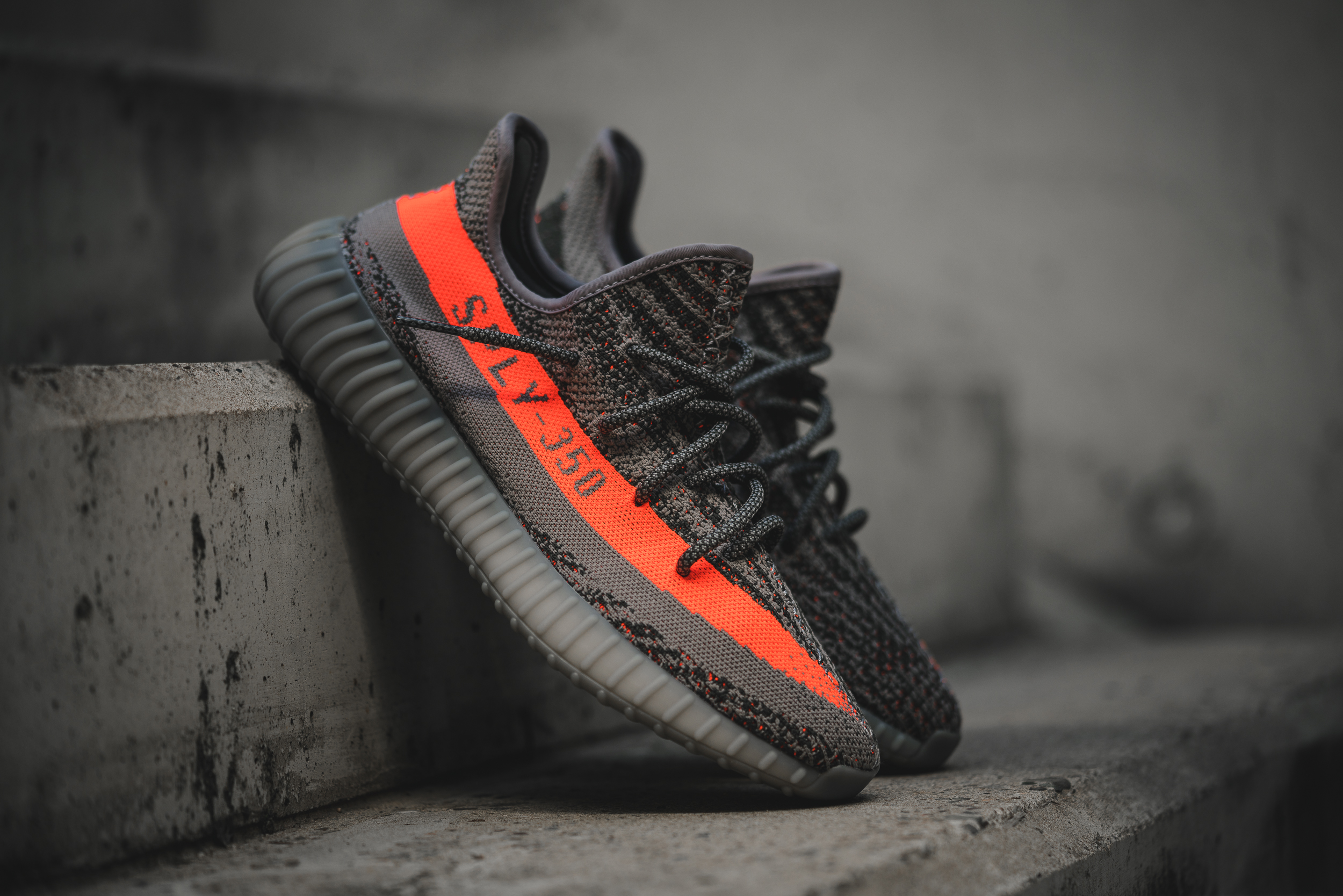 latest design better performance sportswear YEEZY Boost 350 V2 Fotos [SNIPES]   HYPES ARE US   hypesRus.com