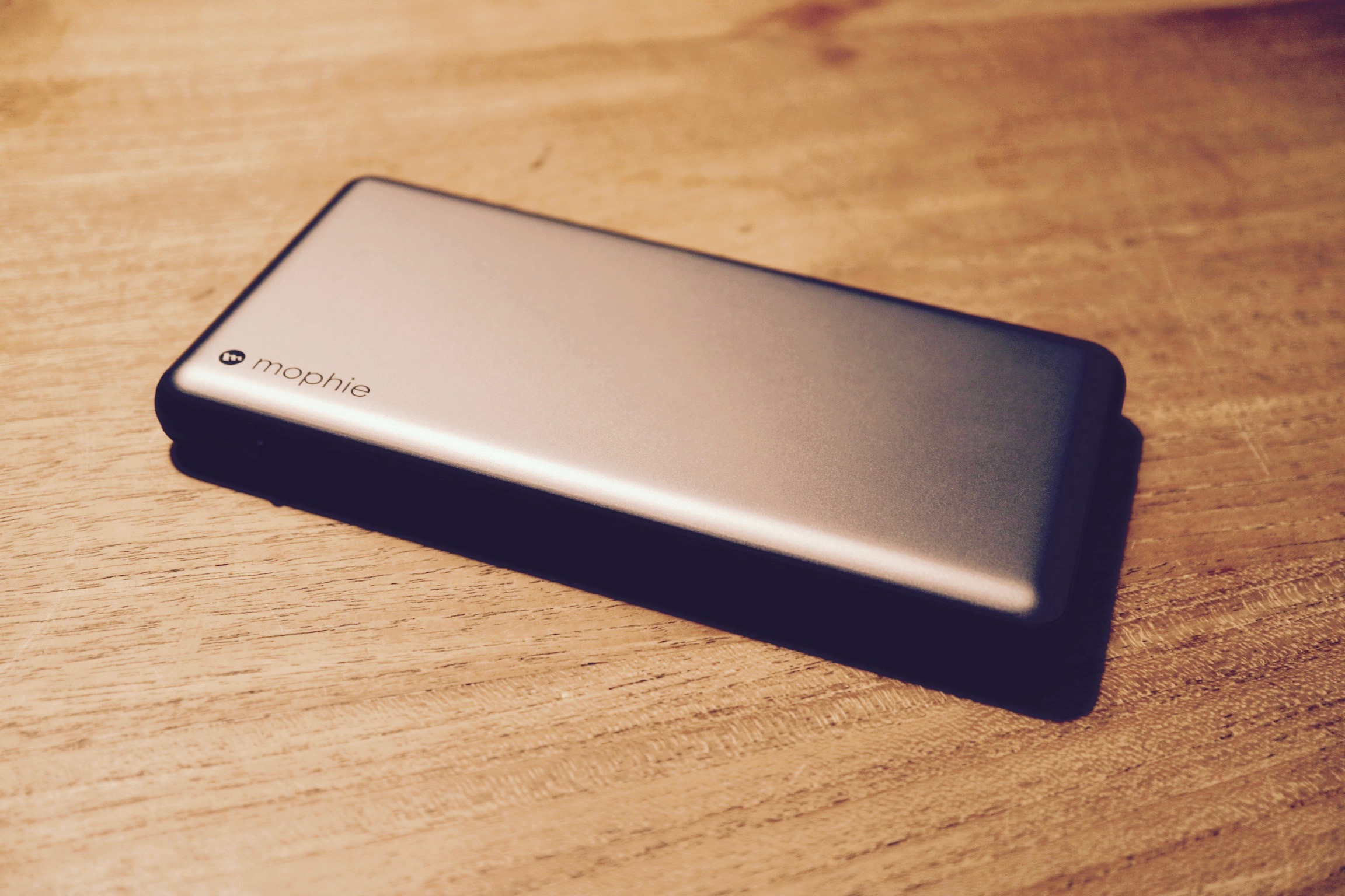 mophie powerstation plus XL