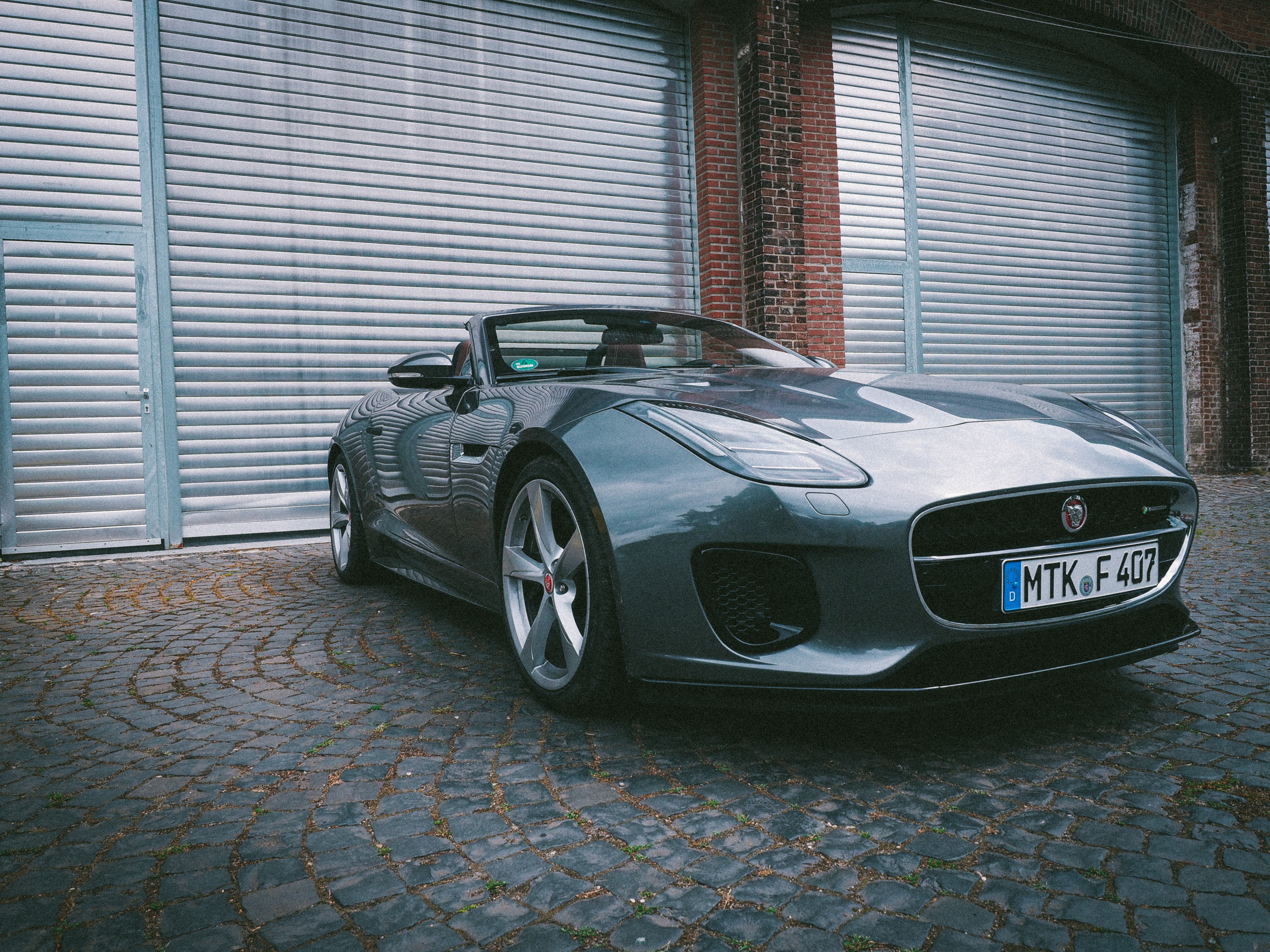 Jaguar F-Type R-Dynamic AWD Cabriolet