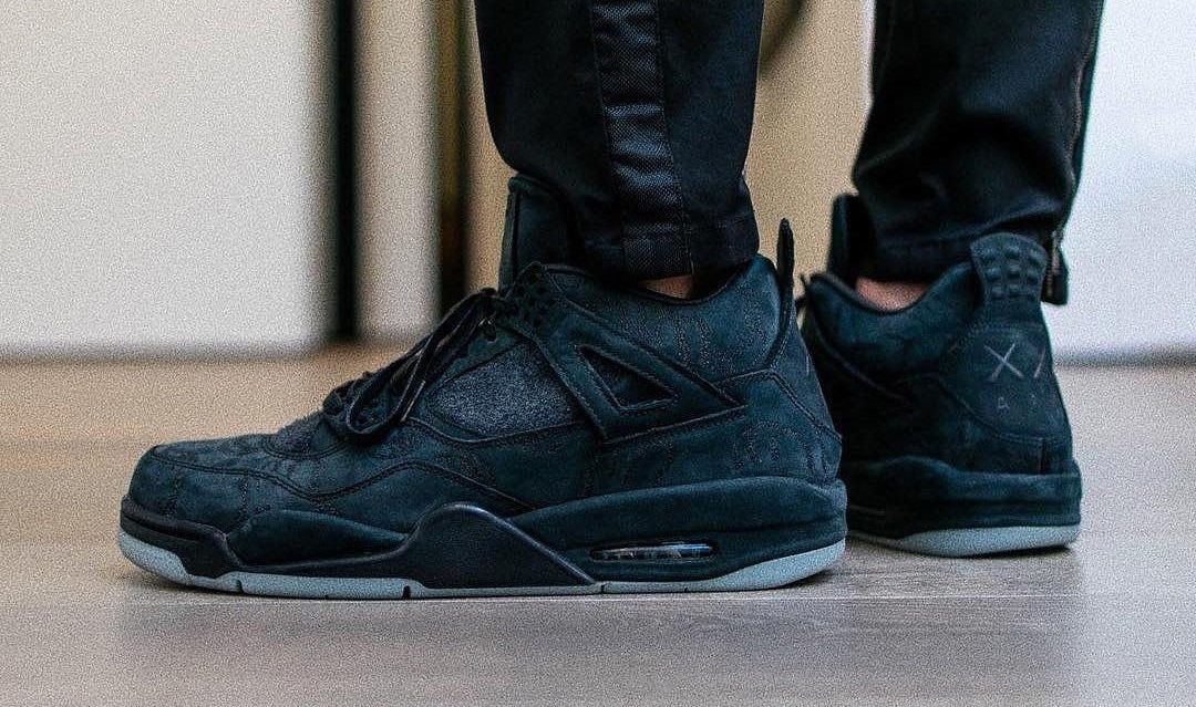 kaws x air jordan 4 black