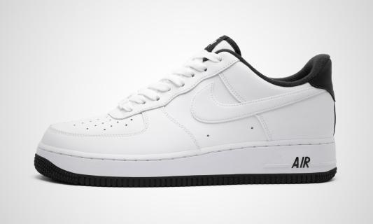 Air Force 1 '07 (weiß / schwarz) Sneaker