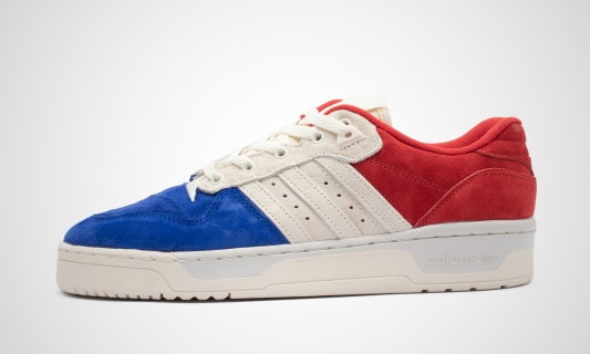 Rivalry Low (rot / weiß / blau) Sneaker